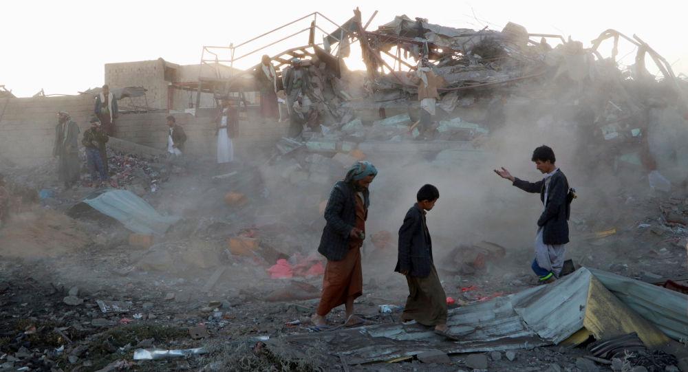 Suudi Arabistan öncülüğündeki koalisyon Yemen'i bombaladı: En az 19 ölü, 10 yaralı