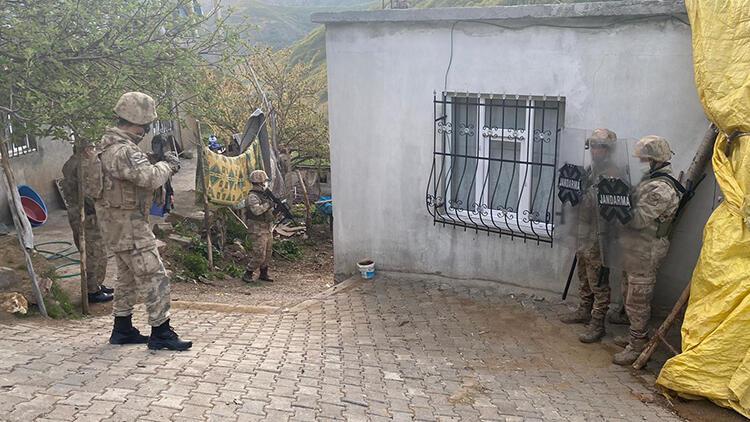 Bitlis merkezli 4 ilde PKK operasyonu: 9 gözaltı