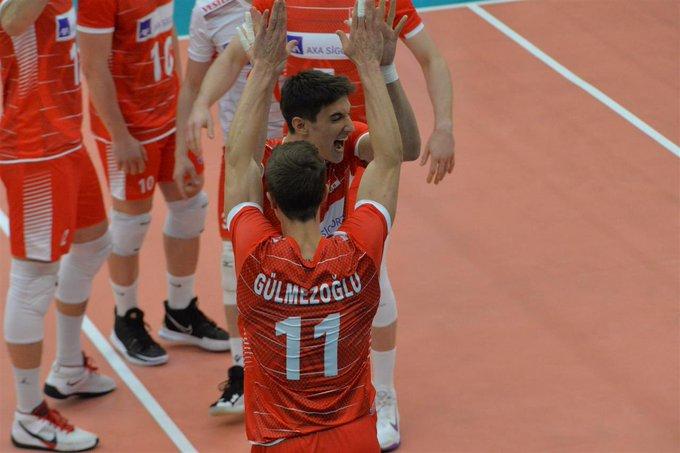 A Milli Erkek Voleybol Takımı, CEV Avrupa Altın Ligi C Grubu ikinci etap ilk maçında Belarus'u 3-0 mağlup etti.