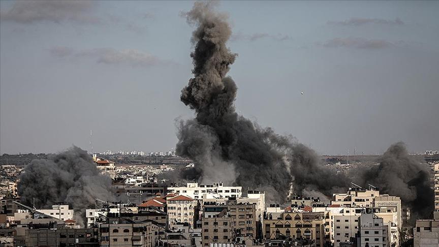 İsrail'in Gazze'ye yönelik saldırılarında hayatını kaybedenlerin sayısı 212'ye yükseldi