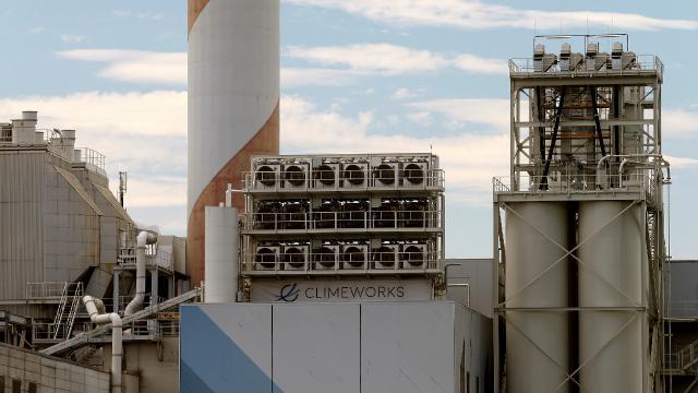 En büyük karbon yakalama tesisi İzlanda'da açıldı