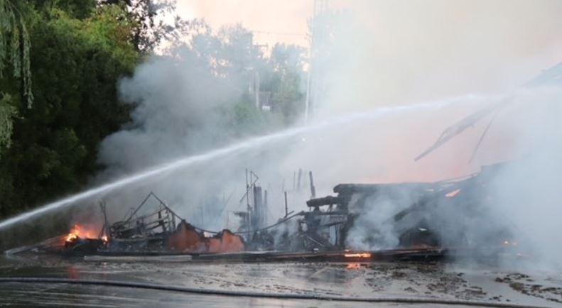 Kanada'da bir kilise daha yakıldı