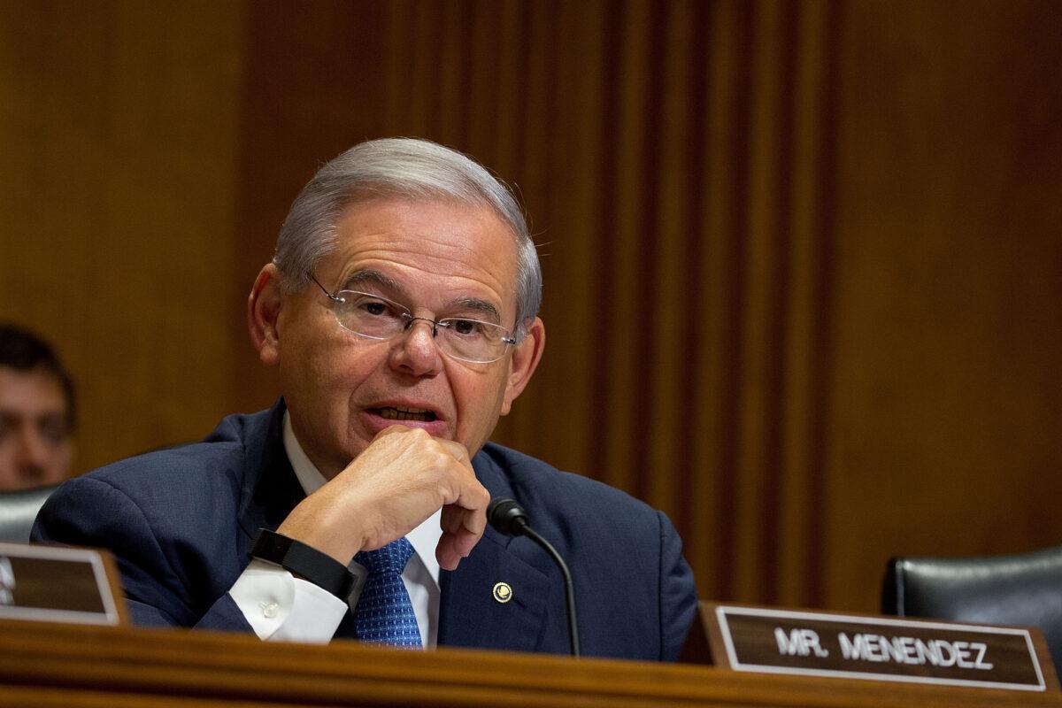 ABD'li Senatör'den İsrail'in sivilleri ve basın kuruluşlarını hedef almasına eleştiri