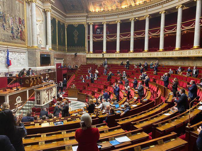 Fransa'dan büyük skandal! Karabağ'ı bağımsız devlet olarak tanıdılar