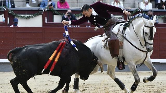 İspanya'da 15 ay aradan sonra boğa güreşleri yeniden başladı