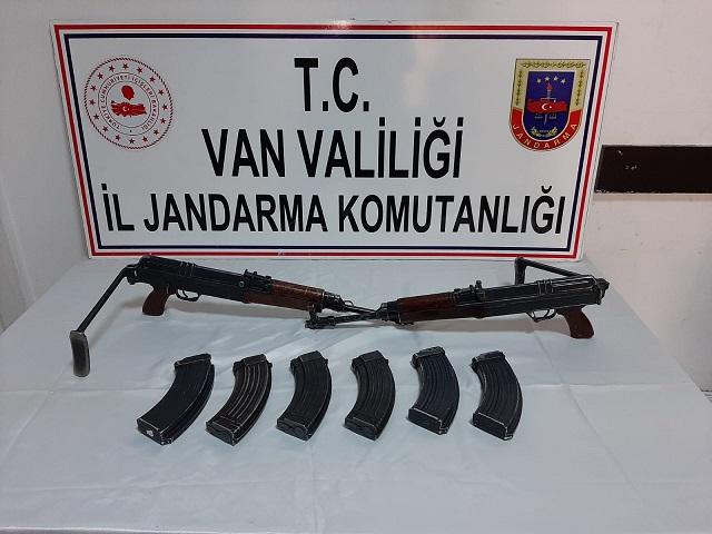 Van'da PKK'lı teröristlere ait silah ele geçirildi