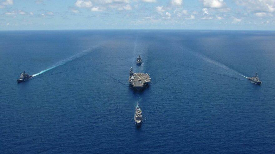 Çin donanması ABD'yi geçti