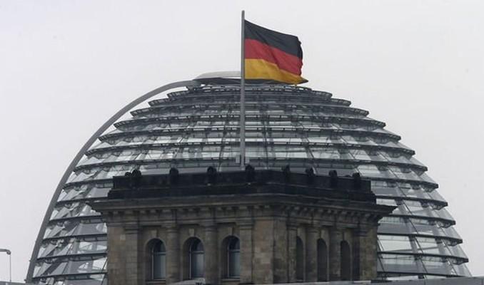 Almanya'nın 2021 borçlanma planı 180 milyar euro