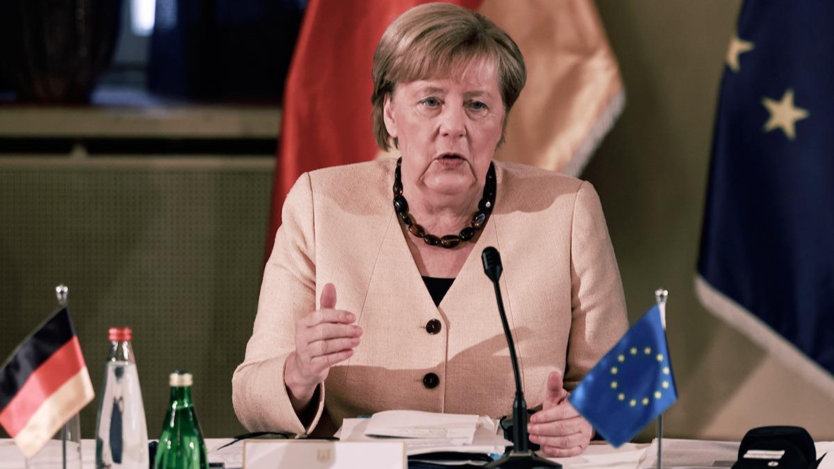 """Merkel: """"Türkiye'yi görmezden gelemezsiniz"""""""