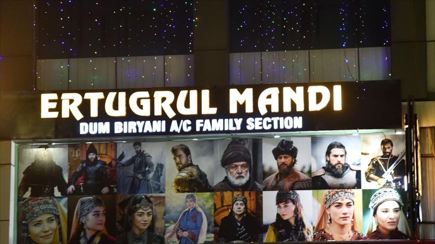 Hindistan'da Diriliş Ertuğrul dizisini seven girişimci açtığı restorana 'Ertuğrul' adını verdi