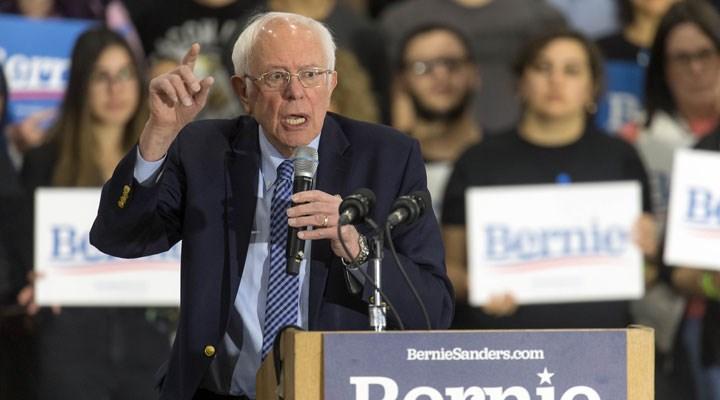 """ABD Senatörü Bernie Sanders'tan Filistin konusunda """"Rotamızı değiştirelim"""" çağrısı"""