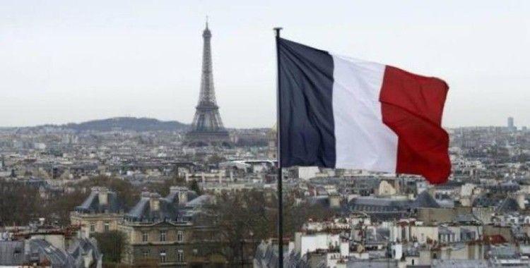 """Fransa'da """"rıza yaşı"""" 15 olarak belirlendi"""