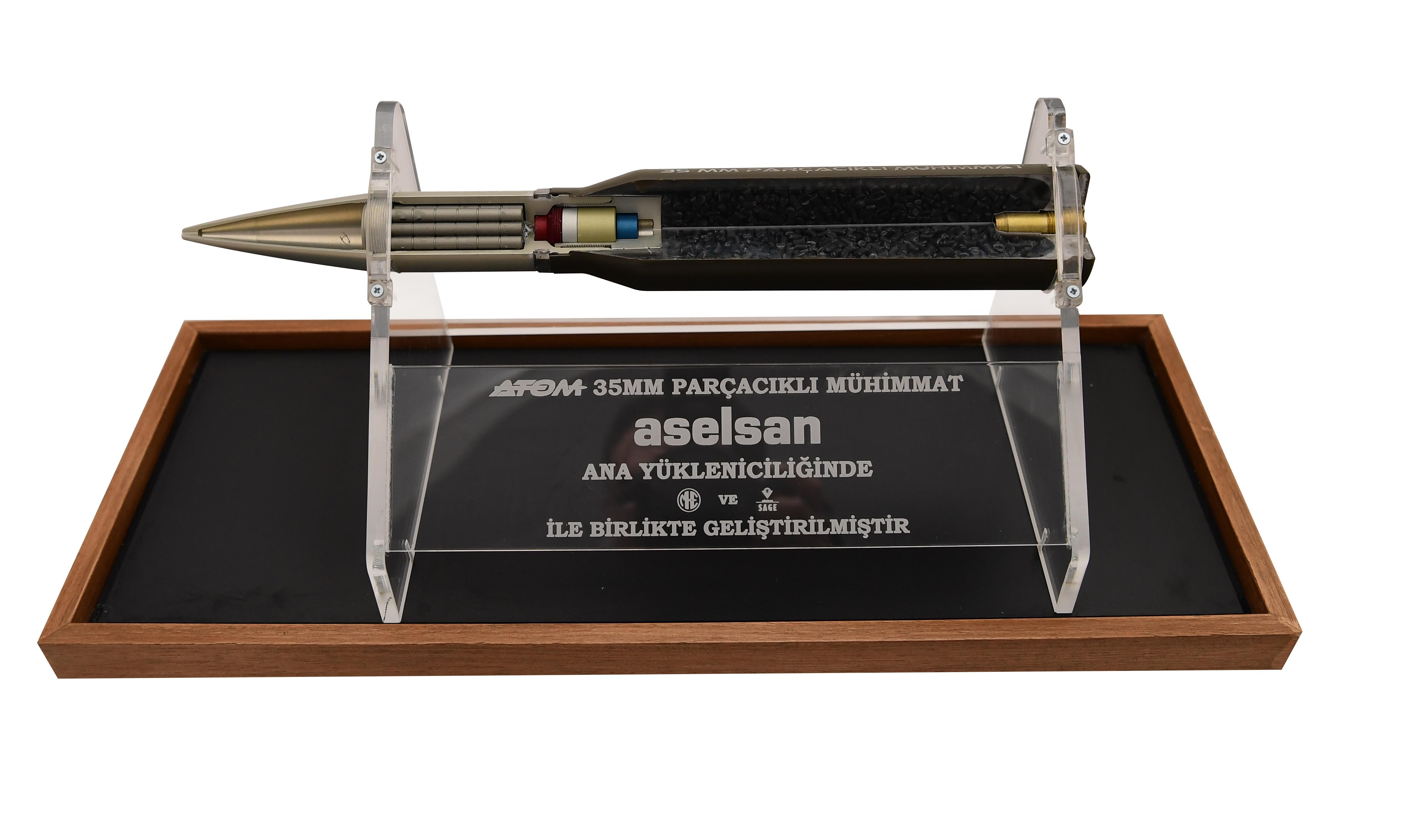 """ASELSAN, 100 bininci """"ATOM 35 mm Parçacıklı Mühimmat Elektroniği""""nin üretildiğini bildirdi"""