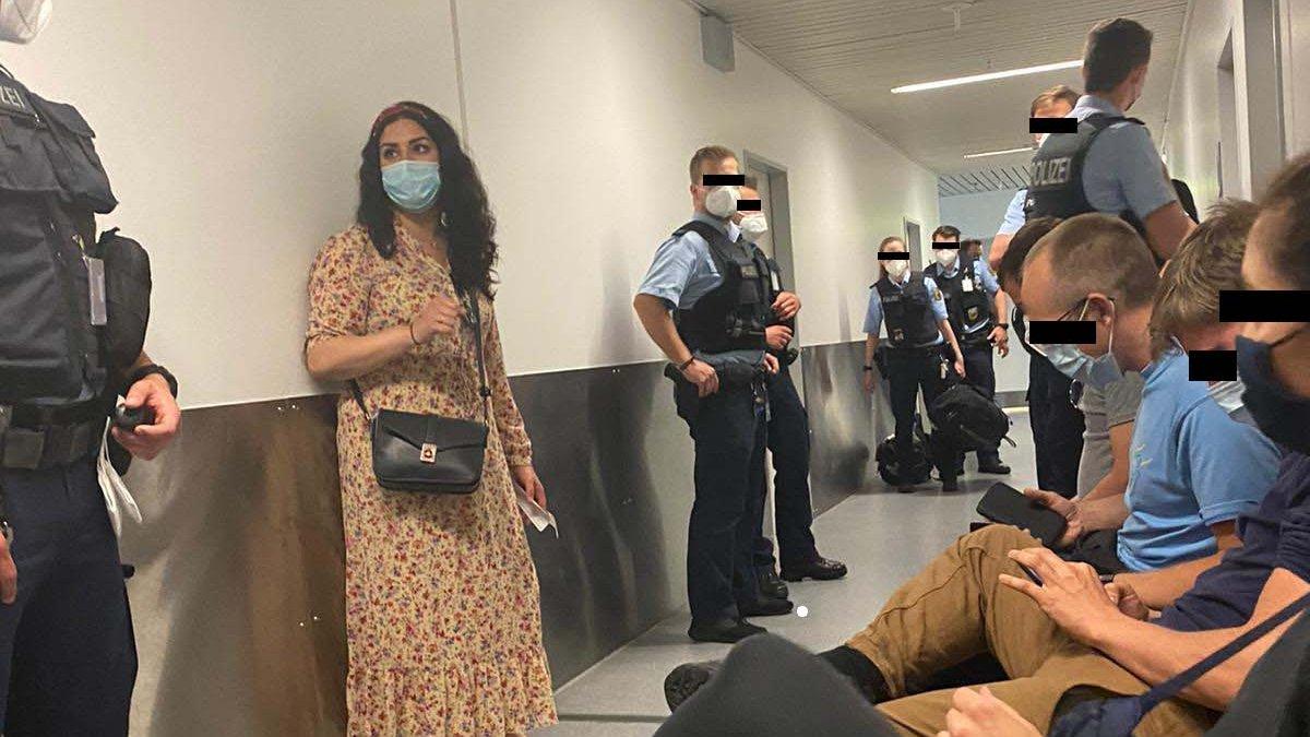 Alman Polisleri PKK'ya destek için Erbil'e gitmek isteyen milletvekillerini ve vatandaşlarını engelledi!