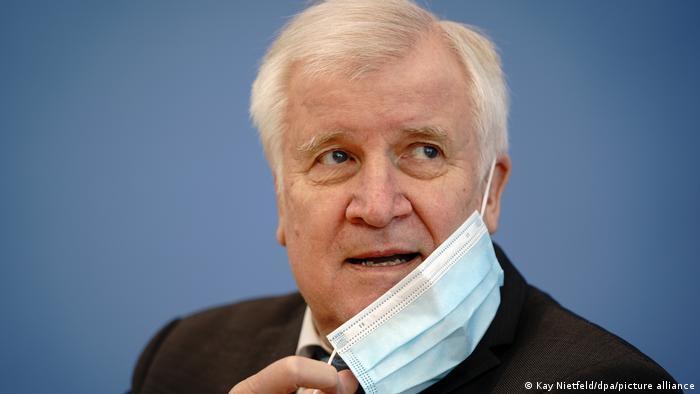 İçişleri Bakanı koronavirüse yakalandı