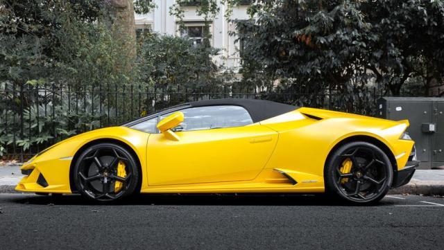 Otomobil devi Lamborghini'den skandal hareket