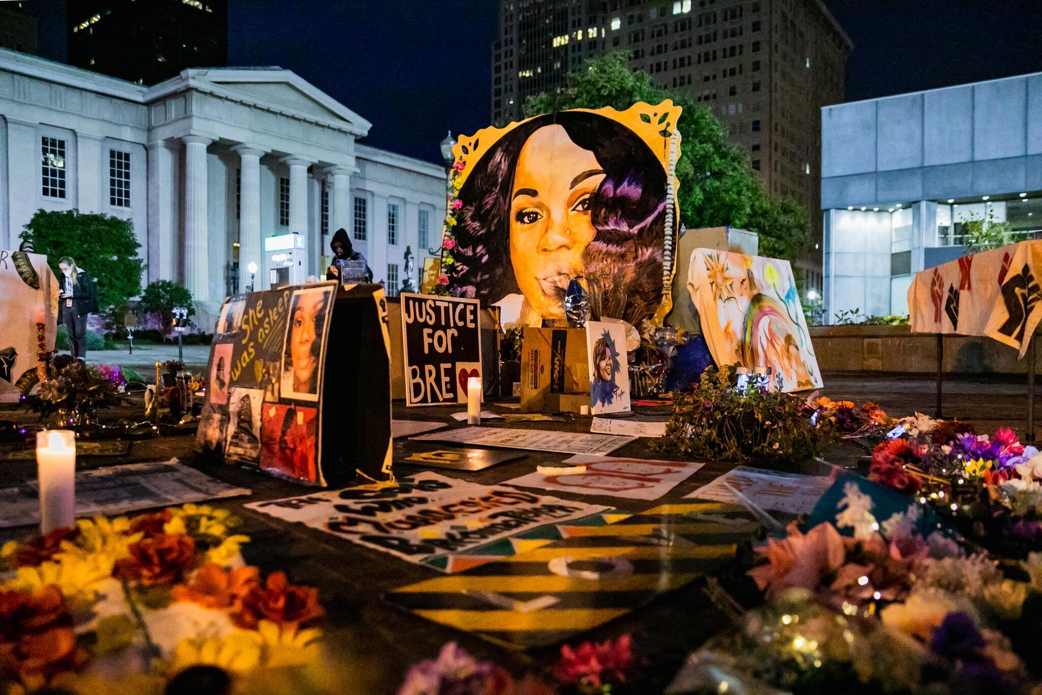ABD'deki siyahi Taylor davasında polisi aklayan jurinin önüne 'cinayet suçlaması' getirilmemiş