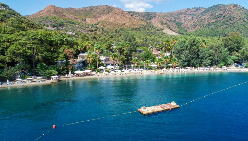 Marmaris'te turizm sezonunu uzatmak için Jet2 ile anlaşma yapıldı