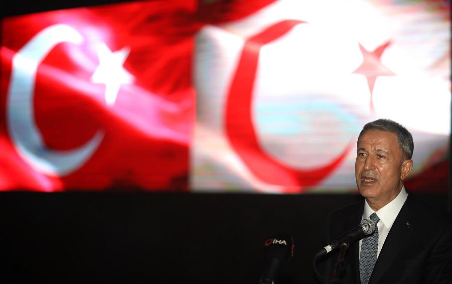 """Milli Savunma Bakanı Akar'dan """"Doğu Akdeniz"""" mesajı:"""