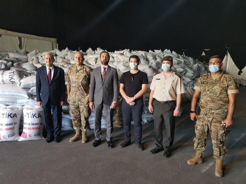 TİKA, Lübnan'a yaklaşık 400 ton buğday yardımında bulundu
