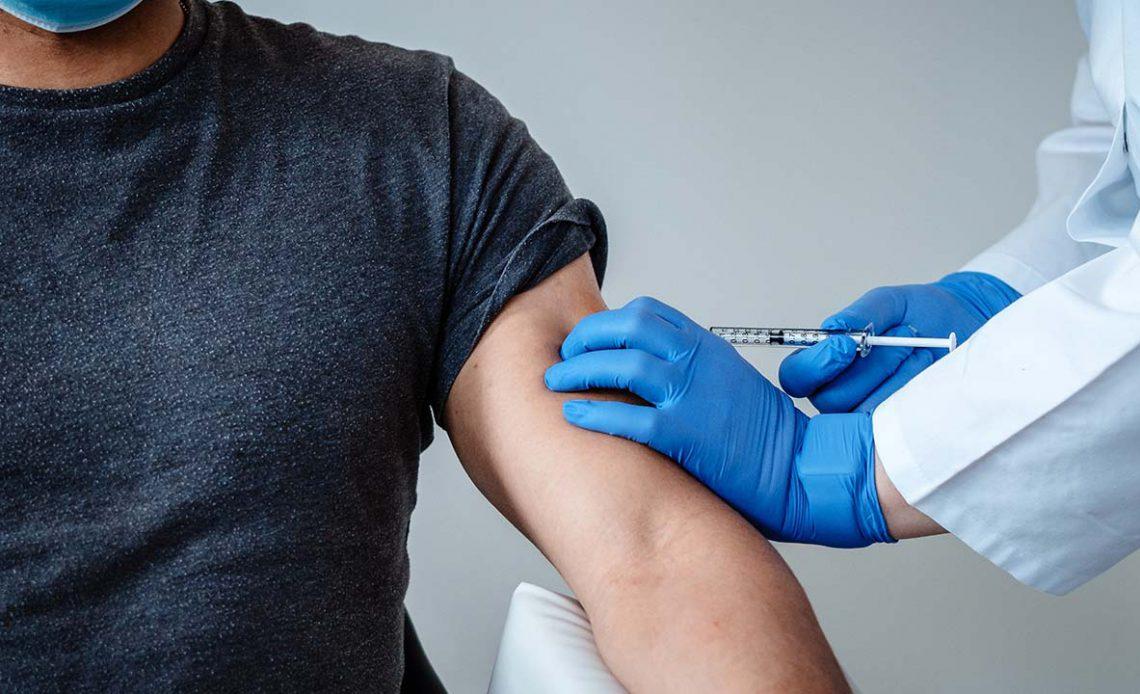 DSÖ'den aşı açıklaması: Pandemiyi bitireceğinden kuşkuluyuz