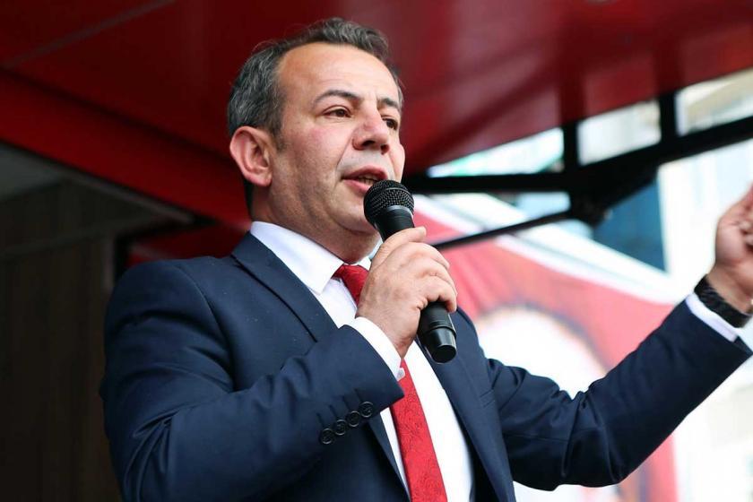 Tanju Özcan'a ortak tepki: Bu söylem ırkçı saldırılara ortam hazırlar