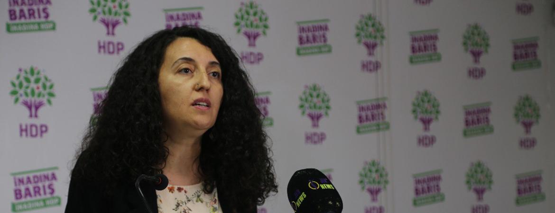 HDP, CHP'ye çözüm için Öcalan'ı muhatap gösterdi.