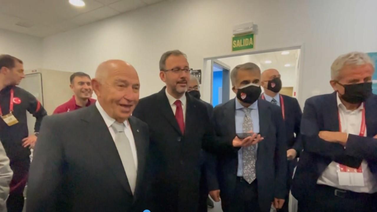 Cumhurbaşkanı Erdoğan'dan Milli Takım'a tebrik telefonu
