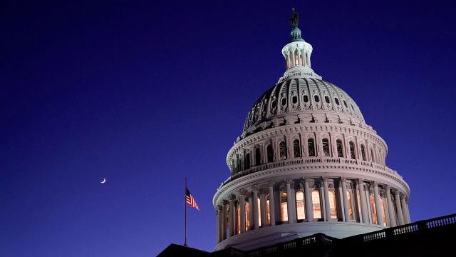ABD'de Demokratların kontrolündeki Kongreye halkın desteği yüzde 27'ye geriledi