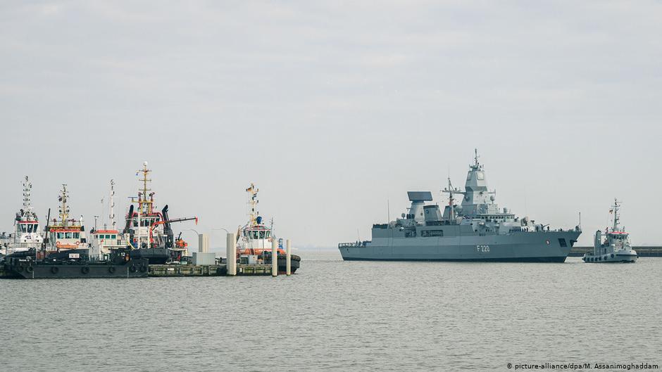 Almanya Savunma Bakanlığı, arama yapılan Türk gemisinde yasak malzeme bulunmadığını açıkladı