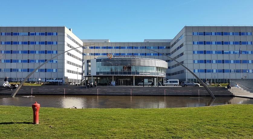 Hollanda'da elektrik kesintisinin ardından solunum cihazına bağlı 2 Kovid-19 hastası öldü