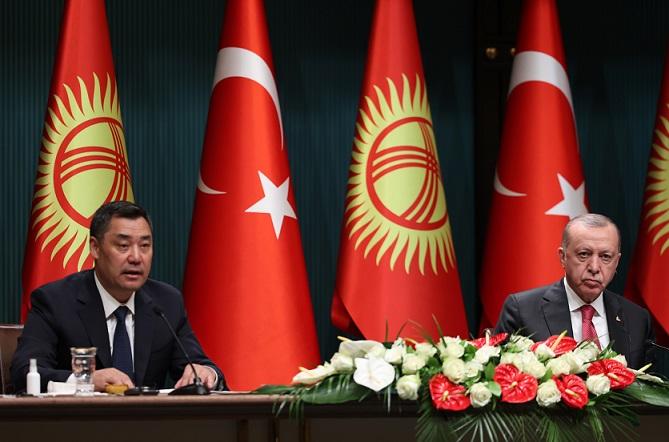 Cumhurbaşkanı Erdoğan, Kırgızistan Cumhurbaşkanı Caparov ile ortak basın toplantısında konuştu