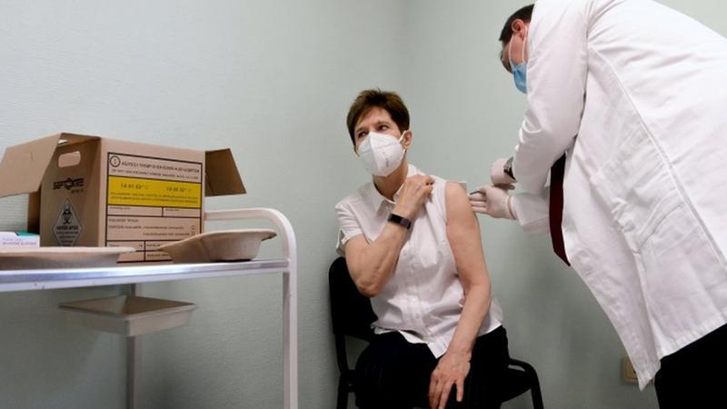 Macaristan Rusya'dan 2 milyon doz Kovid-19 aşısı alacak
