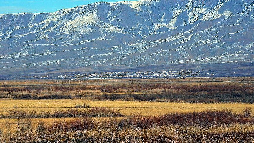 Ermenistan'da, Dağlık Karabağ'daki vaziyet nedeniyle 'savaş durumu' ilan edildi