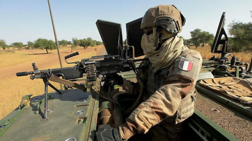 """Fransa Cumhurbaşkanı Macron, Sahel'deki """"Barkhane Operasyonu""""nu sona erdireceklerini duyurdu"""