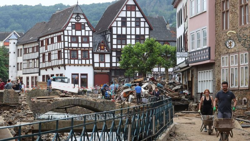 Avrupa'daki sel felaketinde can kayıpları önlenebilir miydi, erken uyarı yapıldı mı?