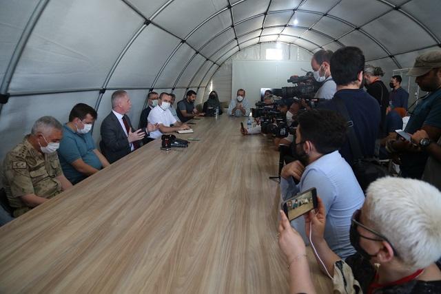 Basın mensuplarından Fırat Kalkanı ve Zeytin Dalı Bölgesi'ne ziyaret