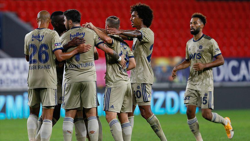 Fenerbahçe Göztepe'yi 3 golle geçti