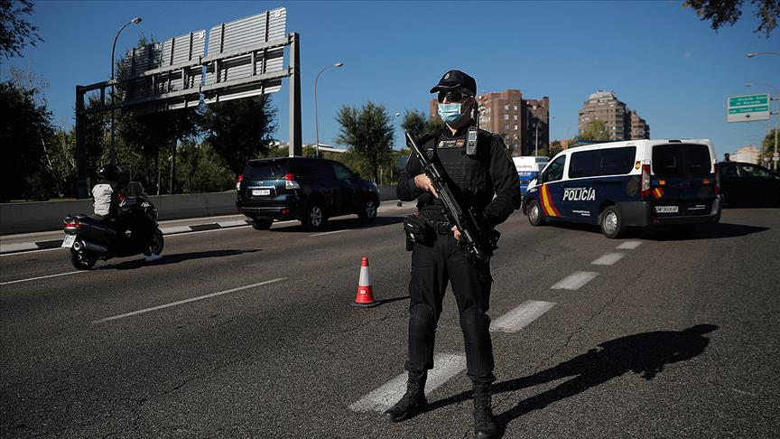 Kovid-19 vakalarındaki artış nedeniyle Madrid'de olağanüstü hal ilan edildi